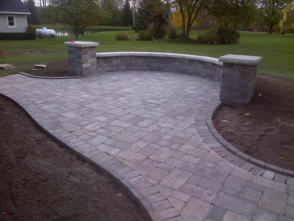 macomb-county-brick-paver-patio.jpg