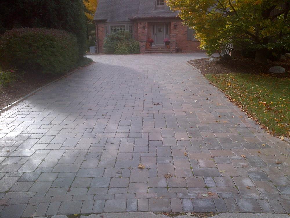 macomb-county-brick-paving.jpg