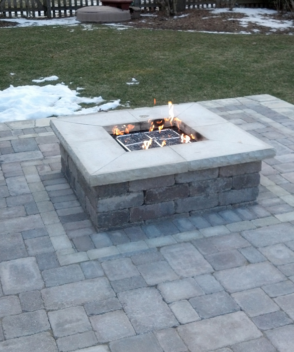 Macomb County Brickpaver Firepit