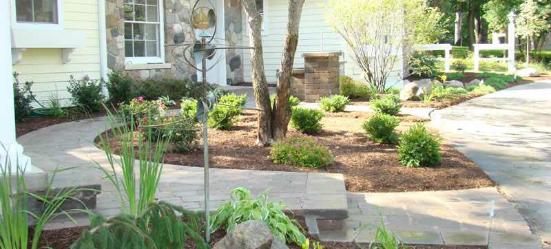 Macomb County Landscaper Provides 3 Design Ideas