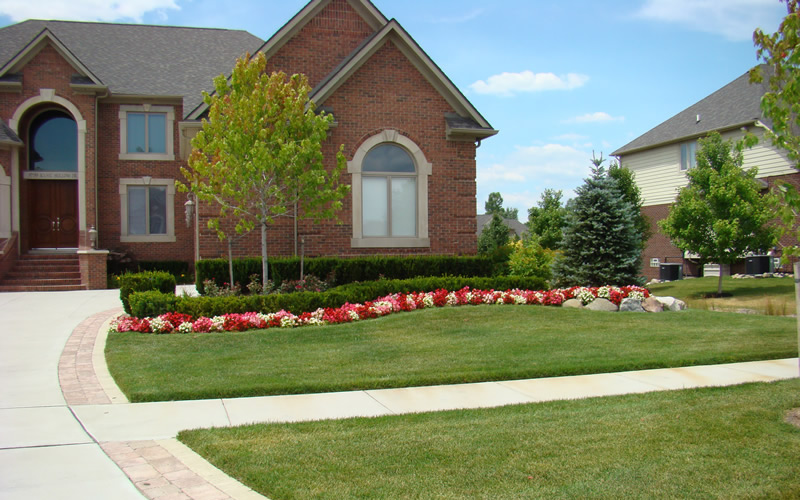 Hire a Chesterfield Twp Landscaping Company
